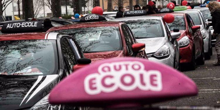 Envie de passer le permis voiture automatique sur Neuchâtel?